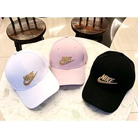 NIKE 2019 new men and women models three-dimensional gold silk embroidery outdoor sports baseball cap