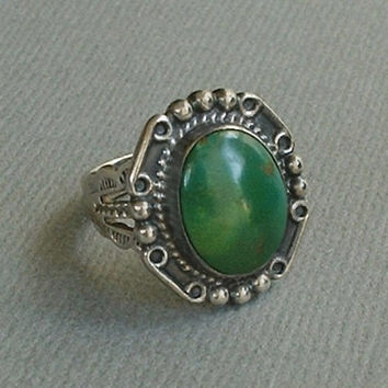 Old Pawn Antique Navajo FRED HARVEY Era RING Cerrillos Green Turquoise Native American Sterling Silver Arrow Stampwork, Size 6