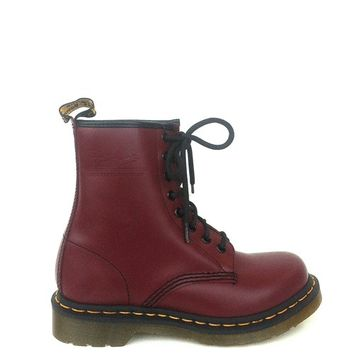 Dr. Martens – 1460 Smooth Leather 8 Eyelets Ankle Boots In Cherry Red | Thirteen Vintage