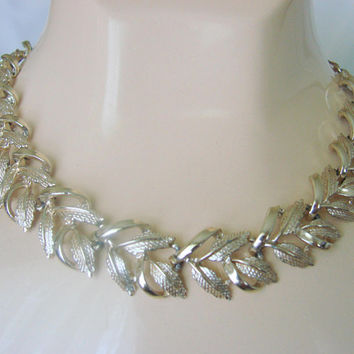 Mid Century Coro Gold Tone Link Necklace *  Textured & Smooth Gold Tone * Designer Signed * 1950s-1960s Vintage Jewelry