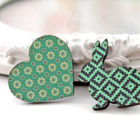 Bunny rabbit and heart wooden brooch set  vert