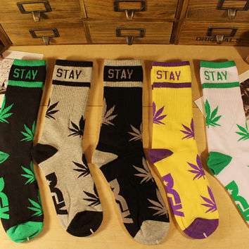 Stay Smoking Weed/Marijuana Leaves DGK Socks