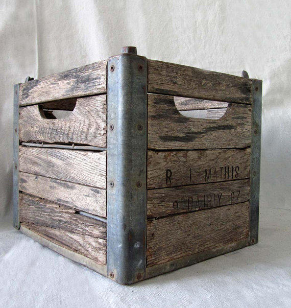 vintage wood and metal milk crate from edithandolive on etsy. Black Bedroom Furniture Sets. Home Design Ideas