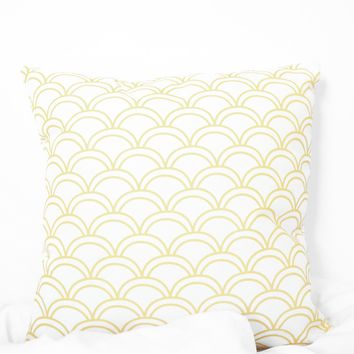 Scalloped Printed Pillow Case - Yellow