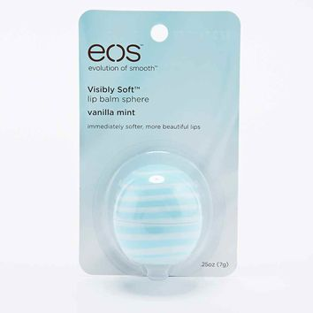 EOS Lip Balm Sphere in Vanilla Mint Flavour - Urban Outfitters