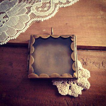 Scalloped Square Glass Door Shadow Box Locket Pendant Charm Antique Bronze Vintage style  (BD024)