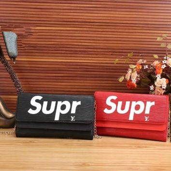 """Louis Vutitton × Supreme"" Fashion Letter Logo Metal Chain Single Shoulder Messenger Bag Women Clutch Flip Small Square Bag"