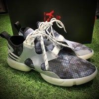 Best Online Sale Fashion Yohji Yamamoto Y-3 KOHNA SNEAKERS Grey Painted Sport Shoes