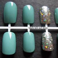Tiffany Blue with Holographic Glitter Accent False Nail Set