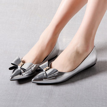 Summer Pointed Toe Butterfly Latex Flat Shoes [4919914436]