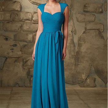 [71.11] Graceful Chiffon Sweetheart Neckline A-line Silhouette Bridesmaid Dress - dressilyme.com
