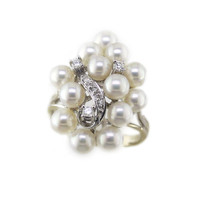 14k Cluster Pearl Ring // White Gold Vintage Pearl Ring with Diamonds, Pearl Jewelry, Free Domestic Shipping