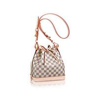 Products by Louis Vuitton: Noé BB