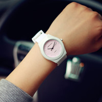 Comfortable Vintage Fashion Quartz Classic Watch Round Ladies Women Men wristwatch On Sales = 4662238212