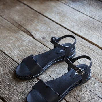 Supreme Single Band Sandals, Black