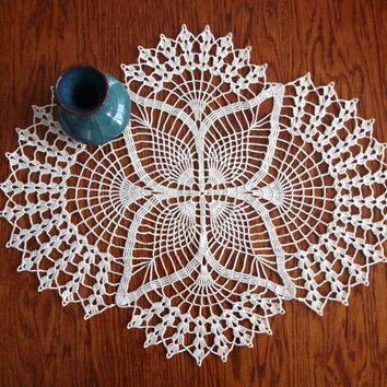 Crochet doily Oval doily Lace doily Ivory doily Lace doilies for sale Hand made centerpiece Tabletop decor Gift for aunt For grandmother