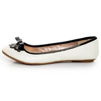 Qupid Thesis 168 White Scalloped Bow Ballet Flats - $25.00