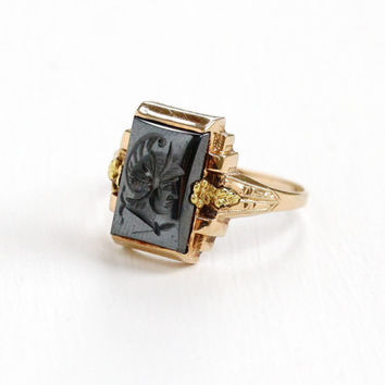 Antique 10k Rose & Yellow Gold Roman Warrior Hematite Cameo Ring - Size 8.5 Art Deco Carved Intaglio Shiny Gray Gemstone Fine Jewelry