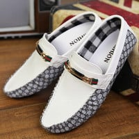 2015 spring Slip On Men's Casual breathable soft leather Flat shoes Men flat Boat Shoes Driving Mocassins Hombre loafers size
