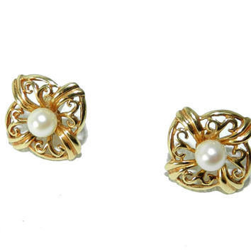 14kt Yellow Gold Earrings, 14 kt Gold Filigree with Pearl Earrings, Vintage Fine Jewelry, Excellent Condition, 14 Karat Gold