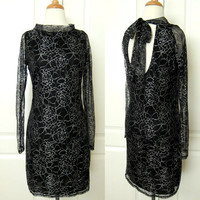 Beautiful Black Floral Lace Backless Bow Long Sleeves Formal Dress