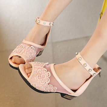 Lace gauze low heel sandals