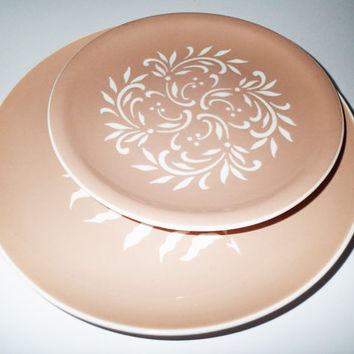 Harker Pottery HARKERWARE Mocha Fern Fronds mid century dinner plate and Rocaille lunch of salad plate