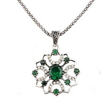 Antique Green Stone and Silver Ornate Pendant Necklace