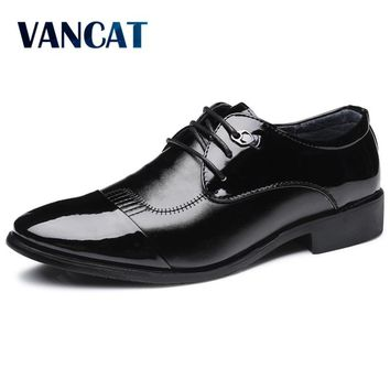 VANCAT Men Dress Italian Leather Shoes  Lace  Fashion Men Leather Moccasin Glitter Formal Male Shoes Pointed Toe Shoes For Men