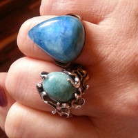 HEAVENLY Practical Magic Stevie Nicks Witchy Blessed Bohemian Gypsy Soul RARE Teardrop BLUE Flashing Moonstone Ring