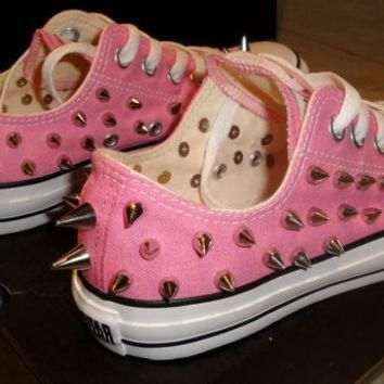 new custom spiked converse size 8 women 6 men low top pink or blue chuck taylor s