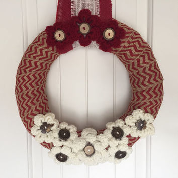 Christmas wreath, Christmas home decor, shabby chic Christmas wreath, shabby chic holiday wreath, yarn and burlap wreath