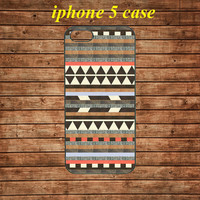 iphone 5 case,iphone 5 hard case---Aztec print, Aztec pattern, tribal, psychedelic,in plastic