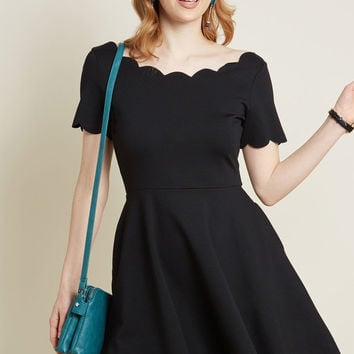 Smak Parlour Jukebox Jams Short Sleeve Dress in Black