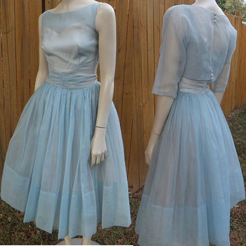 50s Dress / 50s Prom Dress / 50s Wedding Dress / Vintage 1950s Blue Haze Chiffon Dress / Size Small / Tulle / Coaktail