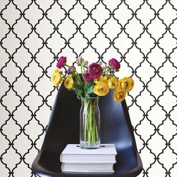 Black & White Geometric Trellis Peel and Stick Wallpaper
