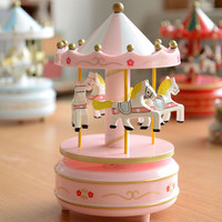 Music Boxes 1PC Hand Cranked Wooden Musical Carousel Wedding Birthday Crafts Gifts