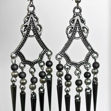 Silvery Spiked earrings