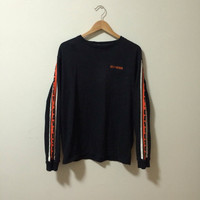Vtg Harley Davidson long sleeve shirt with orange and white stripes down arms