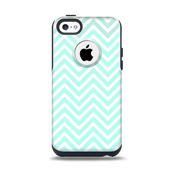 The Light Teal & White Sharp Chevron Apple iPhone 5c Otterbox Commuter Case Skin Set