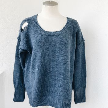 LYNN RIPPED SWEATER - BLUE