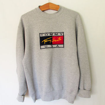 Vintage 1990s Tommy Hilfiger Tommy Sports USA Sweatshirt