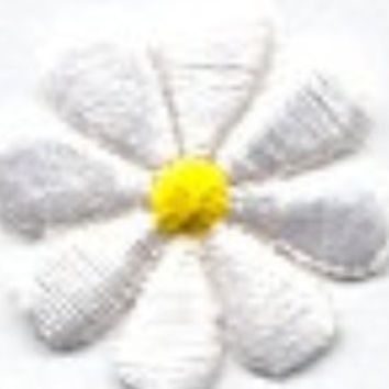 Iron On Patch Flower Beautiful DAISY WHITE YELLOW CENtER Iron or Sew On patch Daisy Flower Iron on Patch by Cedar Creek Patch Shop on Etsy