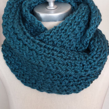 Teal Blue Wool Blend Chunky Knit Inifnity Scarf, Knit Eternity Scarf, Loop Scarf, Mobius Circle Scarf, Womens Scarves, Fashion Knitwear