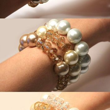Cream Peach Crystal and Pearl Bracelet. 16mm Swarovski Pearls. 12mm Swarovski Crystals. Big Bold Jewelry