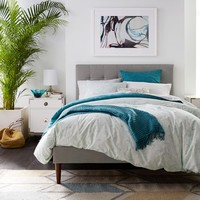 Grid-Tufted Upholstered Tapered Leg Bed – Heathered Crosshatch