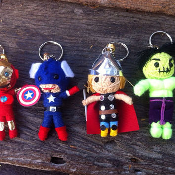 Avengers 4 Set Iron Man Captain America Incredible Hulk Thor string dolls Voodoo handmade Keyring Key Ring Key Chain funny Bag Couple gift