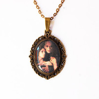 """Nosferatu And Lucy (Klaus Kinski and Isabelle Adjani) From Werner Herzog's """"Nosferatu the Vampyre"""" - Handmade Vintage Cameo Pendant Necklace"""