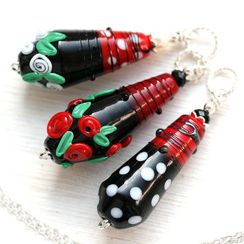 Retro Necklace, Black and White Pendant, White dots on black, Lampwork Pendant, Red and Black, Retro style, SRA Lampwork Jewelry