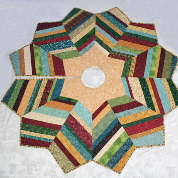 Christmas Tree Skirt String Pieced with Nancy Halvorsen Fabrics from Benartex - Gold Star